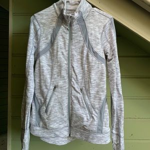 Cute and breathable light zip jacket